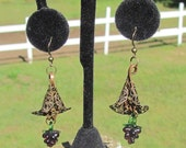 An Excellent Vintage - Lamp Glass Grape Earrings
