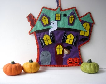 PATTERN: Halloween Haunted House sewing tutorial - DIY childrens decoration PDF - Holiday accessory