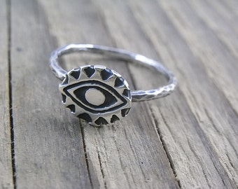 Sterling silver Quirky Egyptian Eye ring - size 8 - Ooak - not cast