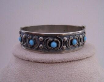 Vintage Hinged Silver Bracelet Bevel-set Aqua, Wire Work, Oxidized