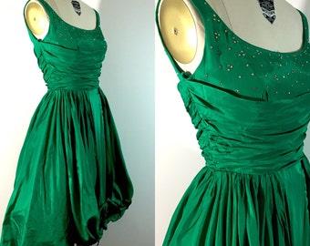 1950s vlv bombshell shelf bust pleated emerald green rhinestone neckline rockabilly pretty retro pin up taffeta tule bow prom party dress