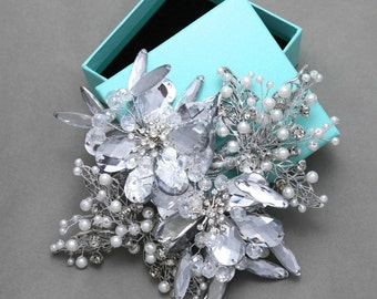 Bridal headpiece, Wedding crystal headpiece, Rhinestone hair clip, Wedding hair clip, Pearl hair clip, Bridal jewelry, Flower Headpiece