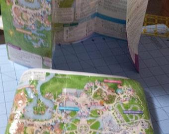 Got Maps? map Clutch / Disney map zippered pouch/ Magic Kingdom map bag/Disney Land map clutch / Disney Parks
