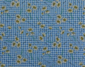 Vintage Cotton Quilting Fabric, Cotton Floral Fabric, Sewing Fabric, Daisy Fabric, Gingham, Blue White Check Fabric - 1 Yard - CFL1716