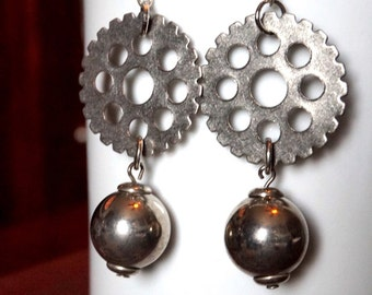 Steampunk Earrings, Gear Earrings, Dangle and Drop Earrings, Steampunk Jewelry, Gear Jewelry