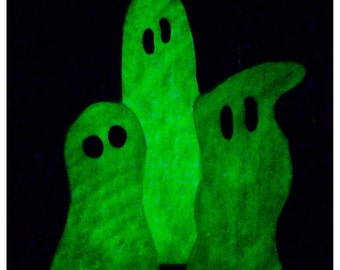 Halloween Decor Glow-in-the-Dark Chunky Wood Ghost Trio with Glow-in-the-Dark Glitter, Halloween Wood Glow-in-the-Dark Wood Ghost Trio Decor