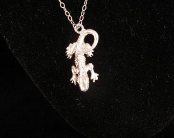999 FINE SILVER mini dragon 1 1/2 inch x  3/4 inch 8.6 grams