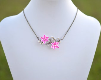 Stargazer Lily Vine Necklace. Stargazer and Pearls Necklace. Vine Lily Necklace.