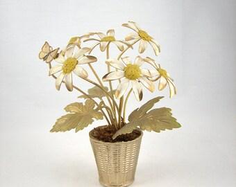 Vintage Daisy Flower Arrangement Bovano Style Bouquet