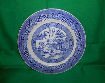 """Three (3), 9 1/8"""" Luncheon Plate (6"""" ctr design), from Homer Laughlin, in the Blue Willow Pattern."""
