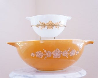 Super Chip & Dip Bowl by Pyrex -- Awesome Cool Party Set with Butterfly Gold Pattern -- Golden Pyrex Serving Bowls