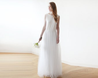 Ivory backless maxi tulle wedding gown, Sleeveless Low back wedding tulle dress