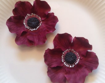 ANEMONES MARSALA Set of 2 / Gum Paste Flowers  / Edible Cake and Cupcake Decorations
