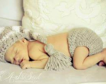 Crochet Elf hat Baby Boy Elf Hat White Gray Stripes Elf Hat Baby Boy Long Tail Elf Hat Newborn Baby Stripes Elf Hat Photo Props