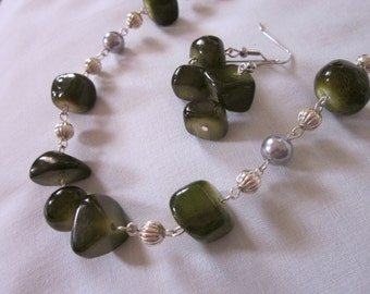 Green Dyed Jade Nugget and Fluted Silver Bead SET