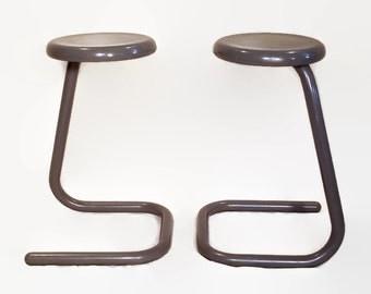Vintage Paper Clip Tube Stools - Kinetics - Retro Office - 1970s - Minimalist Design - Metal Frame - Work Seating - Gray - K700