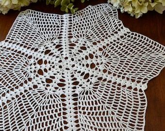 Large Vintage White Hand Crochet Lace Doily, Centerpiece, Star Design 3408
