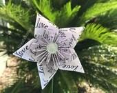 NEW ...... LOVE - Paper Flower with Stem  // Origami Flower / Kusudama Flower Bouquet/ Flower Arrangement/ Bridal Bouquet/ Centerpiece