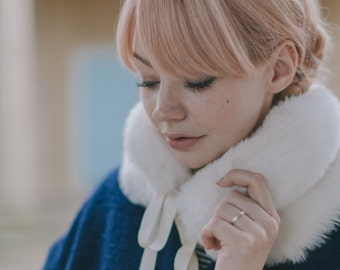 Round Faux Fur Collar in Ivory