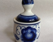 Pretty vintage Gzhel-style porcelain container - blue and white - Russian