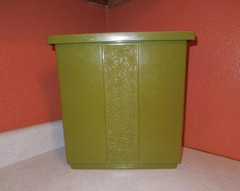 Vintage Fesco Avocado Green Daisy Wastebasket Circa 1960s