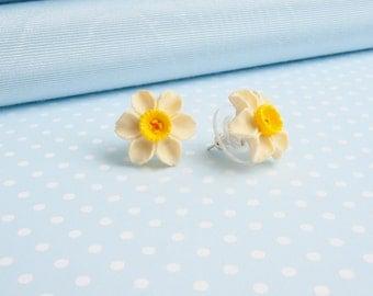 Daffodil earrings from Wales