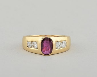 Superlative 1.00 Ct natural ruby and 60 Ct F/IF diamond vintage ring