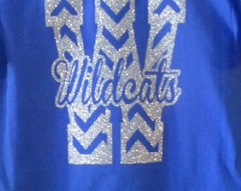 Glitter Chevron Initial Team spirit T-shirt