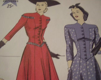 Vintage 1940's Hollywood 799 Dress Sewing Pattern, Size 14, Bust 32