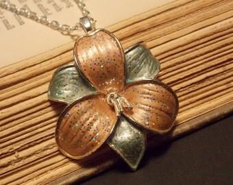 Vintage Lily Necklace