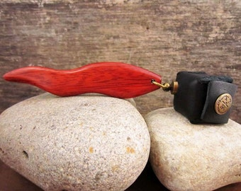 Pool Chalk Holder, Hand Carved Flame Shaped Wood Pocket Chalker With Leather Chalk Holder, Pool Table Cue Stick Accessory