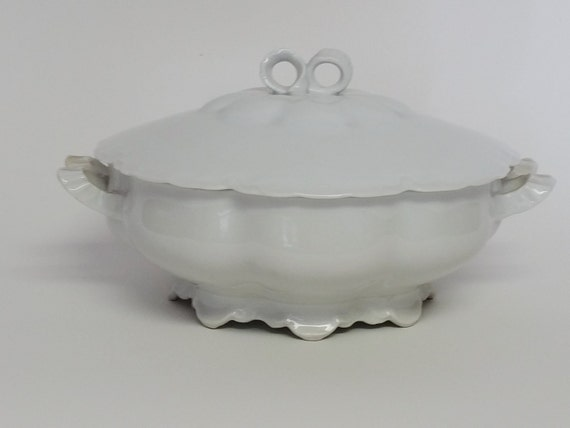 Vintage Habsburg China MZ Austria Round Vegetable Bowl With Lid