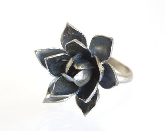 Black Flower Ring / Oxidized Silver Ring