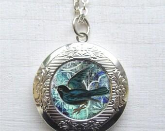 Locket, Blackbird Locket, Photo Locket, Antique Silver Art Locket