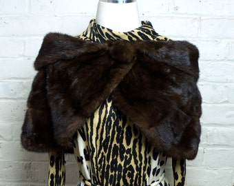 Mink Fur Stole Capelette 1920s Vintage Saks & Co Dark Brown Old Hollywood Wrap Cape Roaring 20s Upscale Amazing Condition Fur Cleaned Glazed