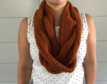 Rust Orange Modern Infinity Scarf, Crochet Scarf Gift for her, Chunky Scarf, Womens Fall Scarf, Oversized Cowl Scarf Under 40