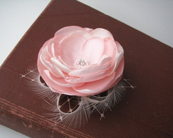 Bridal hair clip blush pink Wedding hair piece Pale pink flower Fascinator with feathers