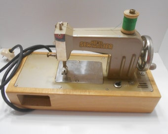 Vintage Kay-an-EE Sew Master Sewing Machine, Made In U.S. Zone, Germany