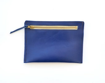 Leather pouch / Blue coin purse / Bridesmaid gift / Leather card holder / Small makeup bag / Leather change pouch / Leather wallet