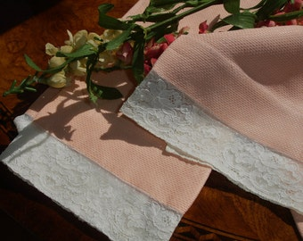 Huck Towels with Chantily Lace Eding Set of Two Pretty Peach, Retro kitchen, Cottage chic, Tea Towels, 1950s