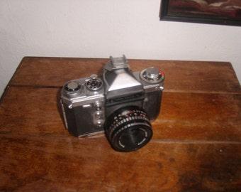 VIintage  Edixa Prismat Camera