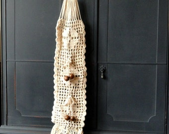 Vintage Crocheted Wall Hanging, Off White, Wood Button, Linens, Home Decor