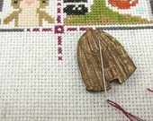 Needle Minder - Beehive | Wooden Laser Engraved Needle Minder for Cross Stitch, Embroidery, Quilting,