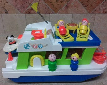Vintage Fisher Price Little People Play Family Houseboat