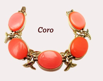 Coro Link Bracelet - Orange Thermoset- Vintage plastic - Mid century bangle