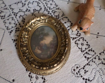 Vintage Oval Glass Framed Ornate Plastic Frame/Picture/Wall Hanging-Victorian Scene