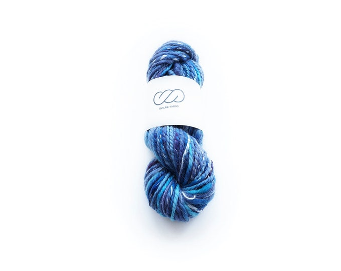 Ovilab Experimental Collection | Crazy Poseidon | Handspun, Hand-dyed Chunky Yarn | Superwashed Merino