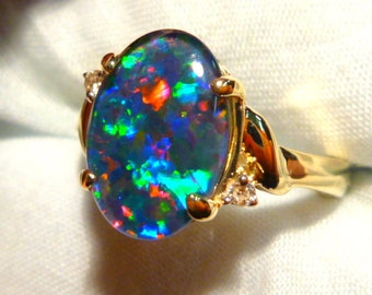 Opal Ring Ladies 14ct Yellow Gold & Diamond 13 x 9mm Oval Shape Triplet. item 90923.