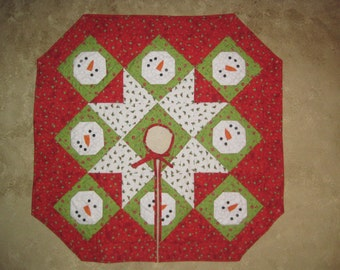 Quilted Snowman Tree Skirt