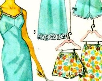 Full Slip Half slip and Panties Miss Size 14 bust 34 Simplicity 4218 cut used complete vintage 1960s sewing pattern
